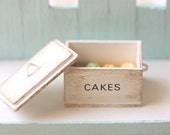 Dollhouse Miniature Food - Miniature Shabby Chic Cake Box