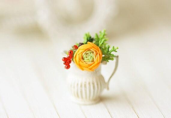 Dollhouse Miniature Flower - Orange Ranunculus Flower Arrangement