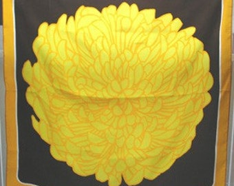 Vintage Totes Sunflower Ladies Scarf