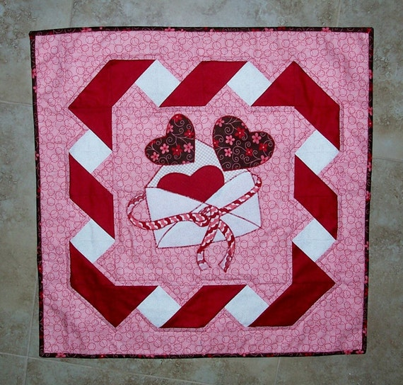 BE MINE Valentine Quilt PATTERN from Quilts by carolinasquirrell