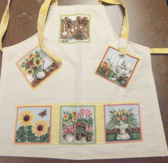 Toddler Bib Apron - Art Smock - Bib with Safety Ties - Pockets - In The Garden Design - Fabric Apron - Childrens Apron - Small Toddler Apron