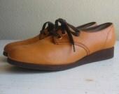 70's oxfords / orange laced up / 7