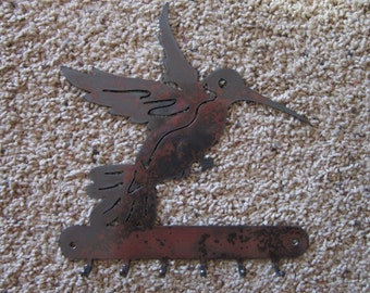 Hummingbird Key Rack-metal art-steel art-rack for hanging all matter of things