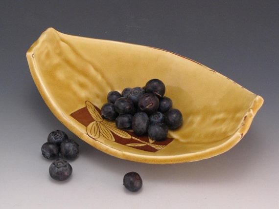 Tray. Boat or Leaf Shape with Amber Glaze and Cone Flower Terracotta Clay