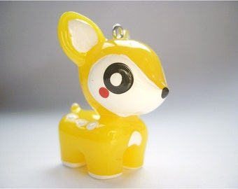 Kawaii 25x35mm yellow fawn pendant charm (J252.6)