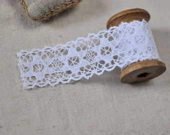 2.5cm x 2yards (white) cotton crochet lace trim (S315)