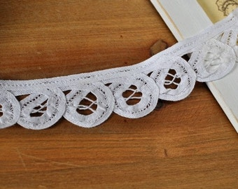 3.5cm x 1yard (white) cotton lace trim (S399)