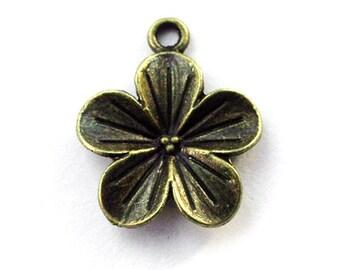 5pcs 20x20mm antique bronze floral blossom charms pendants (J393)
