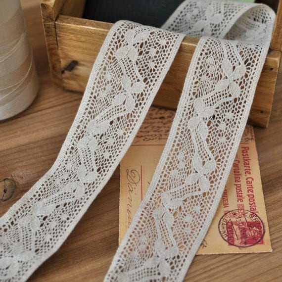 4cm x 1yard (natural unbleached) cotton crochet lace trim (S473)
