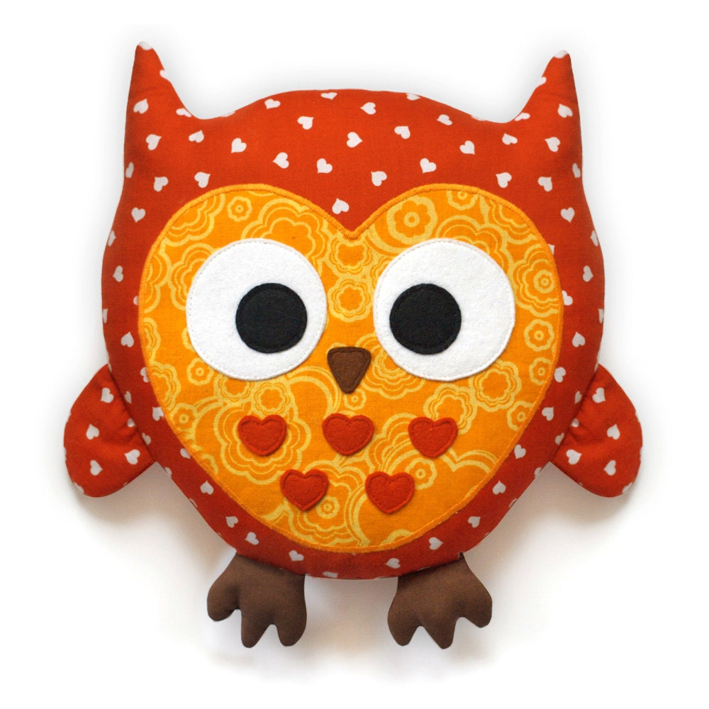Owl Pattern plush pillow sewing pattern PDF by DIYFluffies