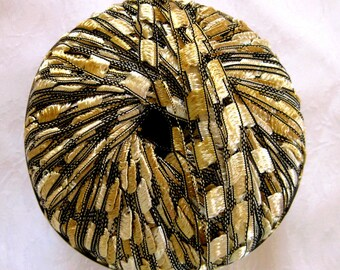 Berlini Ladder Ribbon Yarn Maxi,  CHAMPAGNE 91, ribbon yarn, trellis yarn, gold black