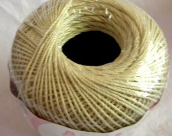 Aunt Lydias Fashion Crochet cotton thread, NATURAL a light cream, Size 3, 226