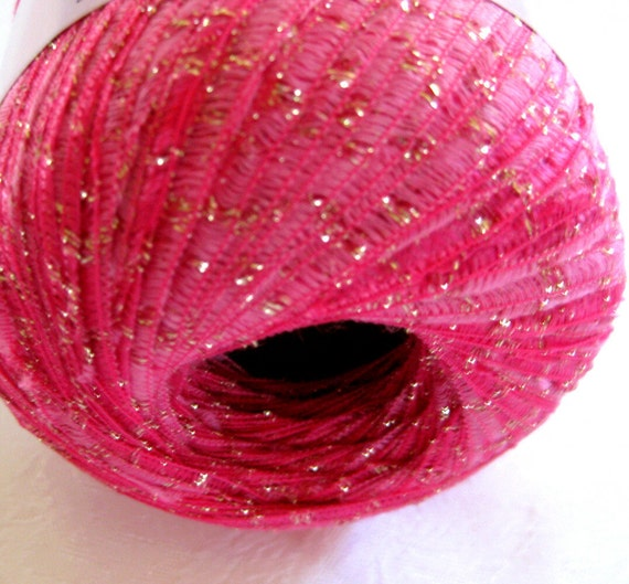 Glitter Ribbon yarn,  Magenta pink  Numei Desire, worsted weight, 005