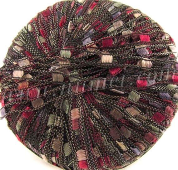 Berlini Ladder Ribbon Maxi Yarn,  Victoria 81, ribbon yarn, trellis yarn, burgundy, gold