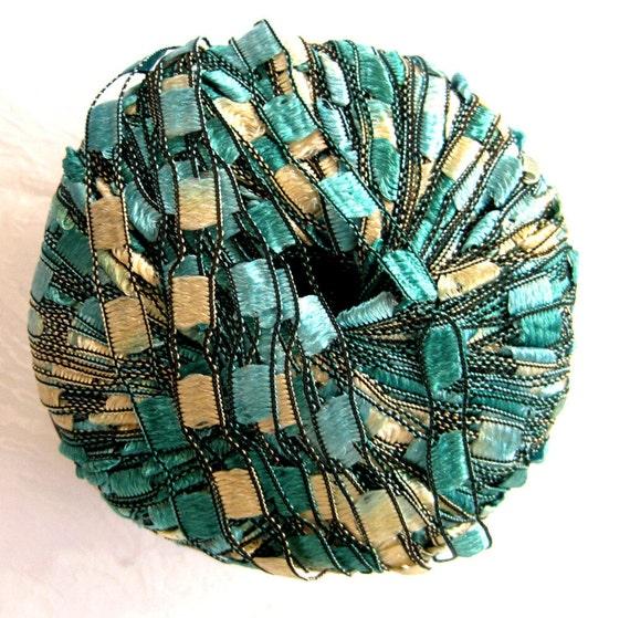 Berlini Ladder Ribbon Yarn,  Emerald green,  trellis yarn, Maxi 68