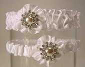 ROYAL BLING in white  GARTER set a rhinestones and crystals and pearls