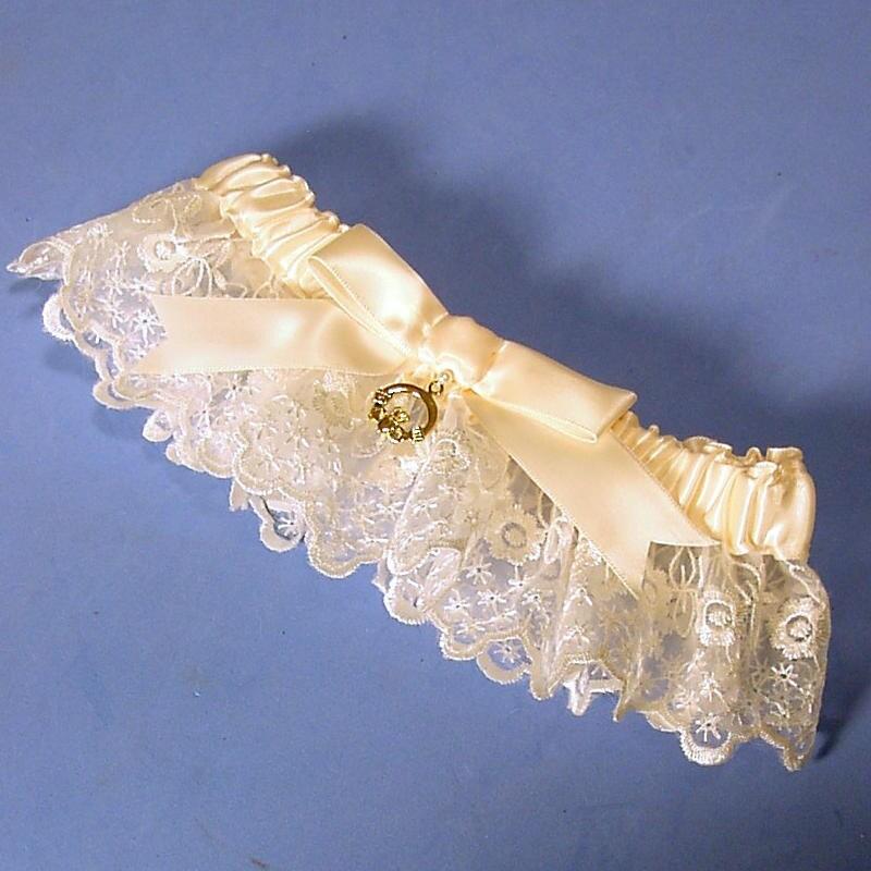Tradition Of Wedding Garter: Irish Lace Wedding Garter Ivory With Claddagh Charm Heirloom