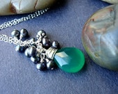 Green Onyx necklace and Peacock Pearls in Sterling silver - Gorgeous in Green