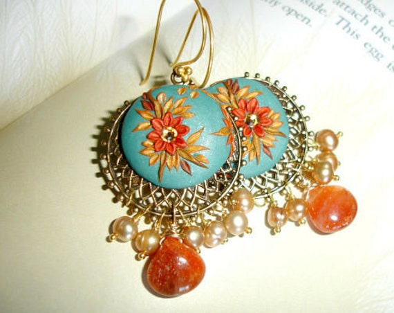 Oregon Sunstone and Pearl earrings in gold - jeweltone Multicolor antiqued gold earrings -Sunrise in the Sahara