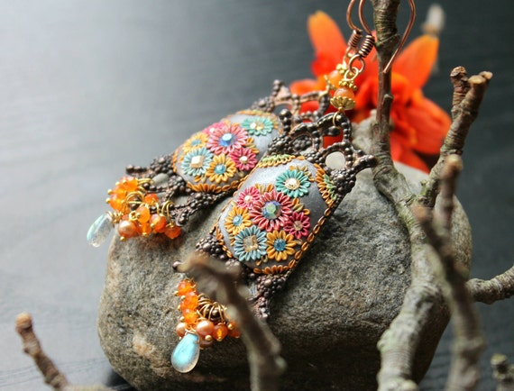 Labradorite , pearl, aventurine and Carnelian gold and art deco vintage filigree earrings - The Spice Route