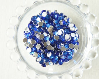 250 pcs Faceted Rhinestones/Gems Blue (5mm)