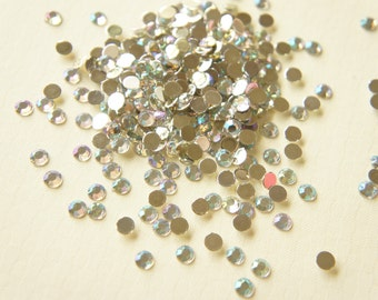 250 pcs Faceted Rhinestones/Gems AB Clear (5mm)