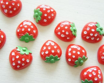 8 pcs Red Strawberry Cabochon (20mm) FR085