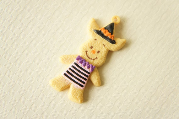 Limited Stock Disney Halloween Cookie Charm- Piglet - (((LAST)))