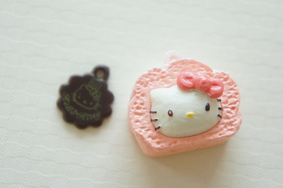 2 pcs Hello Kitty Sweets Charm (20mm28mm) Pink Rolled Cake (((LAST)))