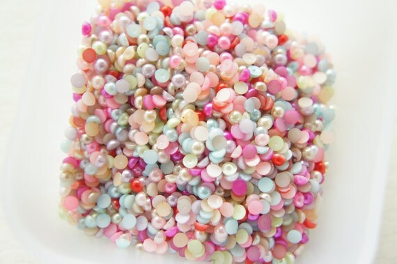 300 pcs Acrylic Pearl Gems/Rhinestones (4mm) Mixed Colors