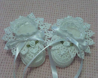 Crochet White Antique Lace Roses Christening Booties Newborn Baby Girl 0-3 Months