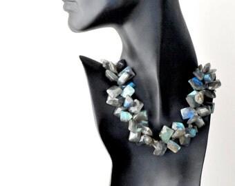 SALE 27% OFF - chunky labradorite necklace