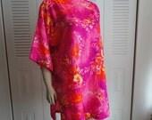 Beautiful 60s Hot Pink Hawaiian Tunic Mini Dress L/XL