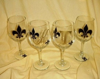 Set of 4 personalized fleur de lis wine glasses personalized with initials