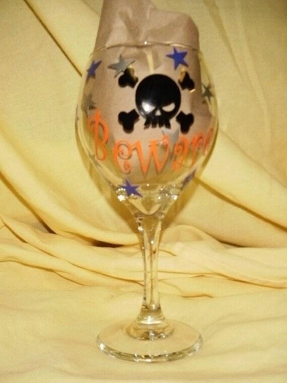 Halloween Wine Glass Beware Skull