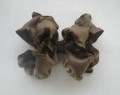 Brown Boutique Double Ruffle bow