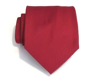 Mens Tie. Dark Red Silk Necktie
