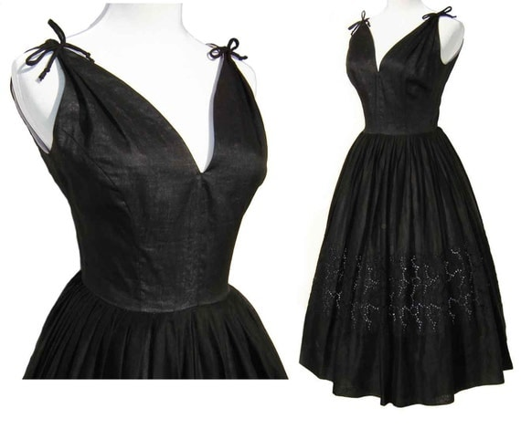 Vintage 50s Dress Rockabilly Black & Purple Lavender Cotton Eyelet  Lace Full Skirt Sundress Party S / M