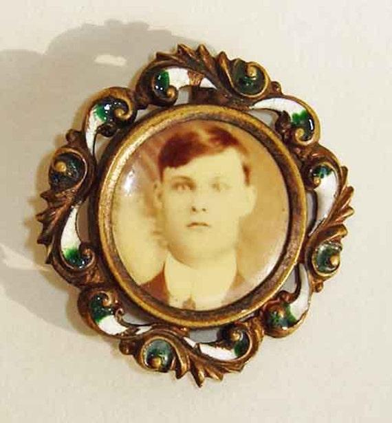 Victorian Memento Mori Enamel Pin Antique Memorial Mourning Victorian Memento Mori Jewellery