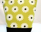 Insulated Lunch Bag - Chartreuse, Black & White Daisies