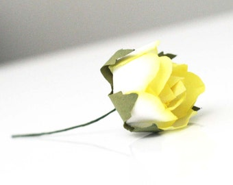 Set of 6 Large Yellow paper roses