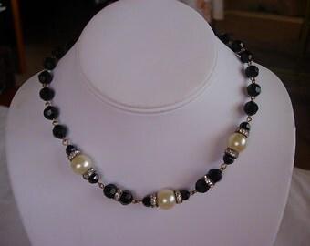 Black Beads Faux Pearl Rhinestone Choker