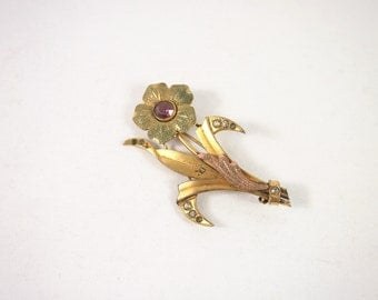 Vintage 30s Frosted Gold Tone Rhinestone Flower  Brooch Jewelry