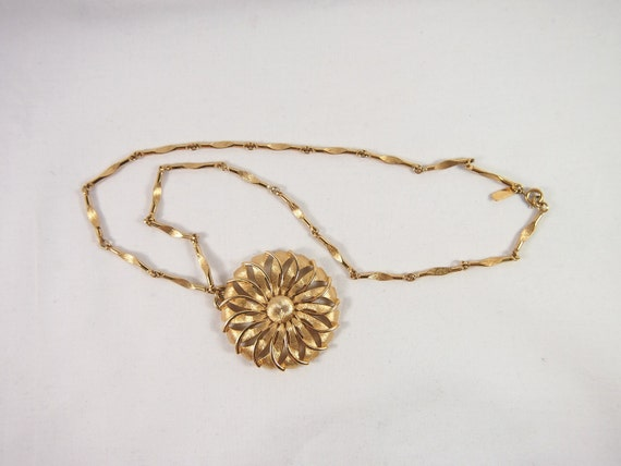 Vintage 60s Gold Tone Monet Mod Necklace Jewelry
