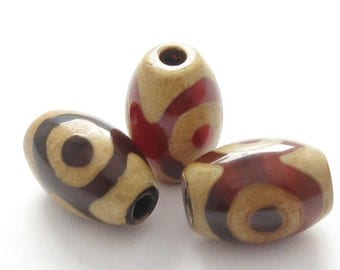 Carnelian dZi bead - Olive  shape with  3-Eyes Totem  --12 by 8mm-Jewelry Making Supplies,Findings- ( 3pcs)- SKU:302111