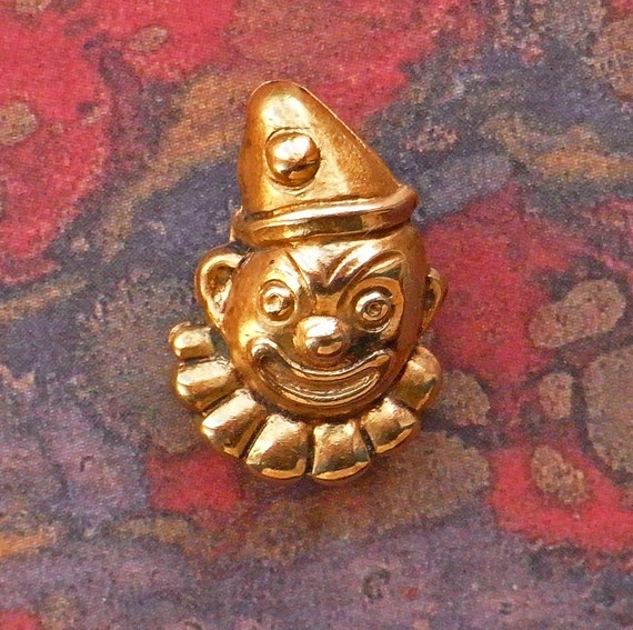 Tiny Circus Clown Button  Late Victorian / Edwardian - Diminutive - Pierrot Button