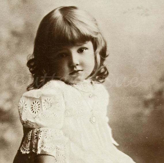 "Real Photographic Postcard - RPPC "" Little Miss Betty "" - Betty Seymour Hicks -1907"