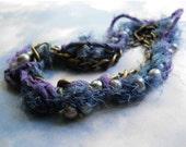 Woodland Plums Pearl bracelet