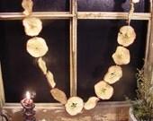 Primitive Dried Apple Ring Garland Peg Hanger/Swag   ET