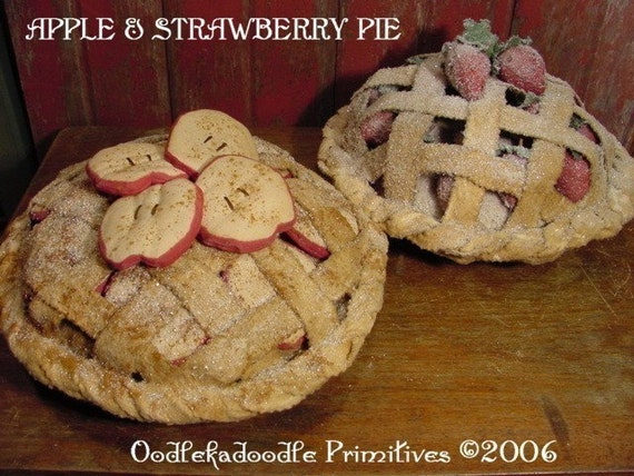 Primitive Apple & Strawberry Pie Table Topper Instant Digital Download E-Pattern  ET